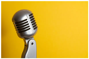 retro-microphone-yellow-background
